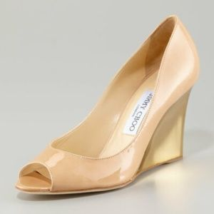 jimmy choo nude and gold patent wedge